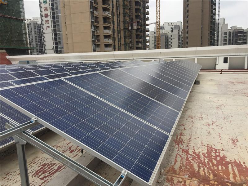 柳州恒大影城50KW太陽能光伏發電系統