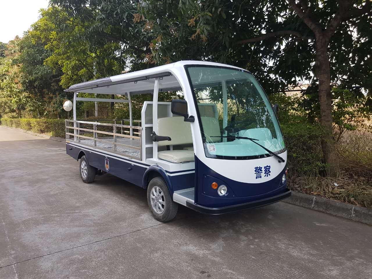 LQY081A蓝白色巡逻代顶棚平板车.jpg