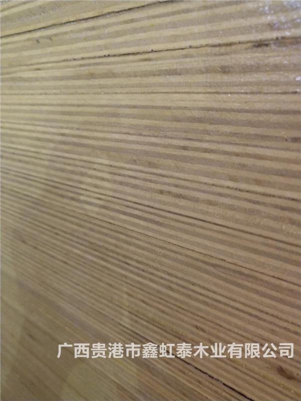建筑木模板清邊