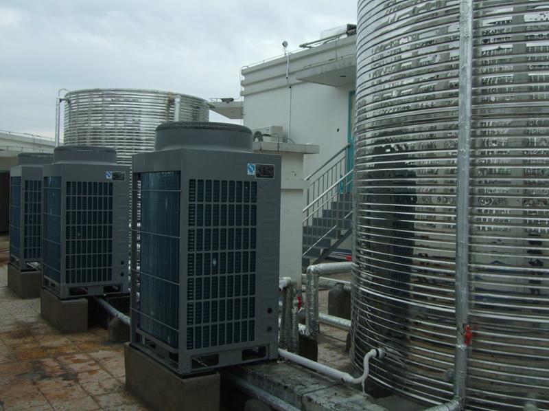 桂林维也纳酒店空气能热泵热水工程