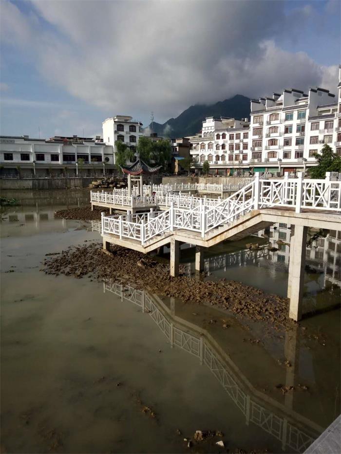 桂林铁艺护栏制作厂家