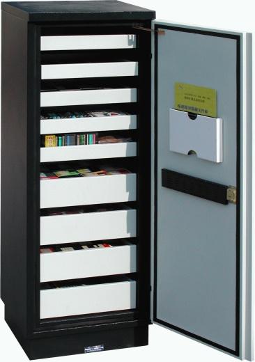 電腦防磁柜1.jpg