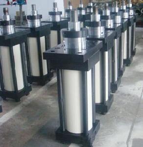 廣西挖掘機液壓配件生產廠家