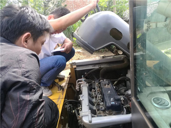 南宁轮式挖掘机检修