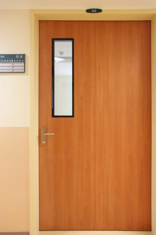 医院门1.jpg