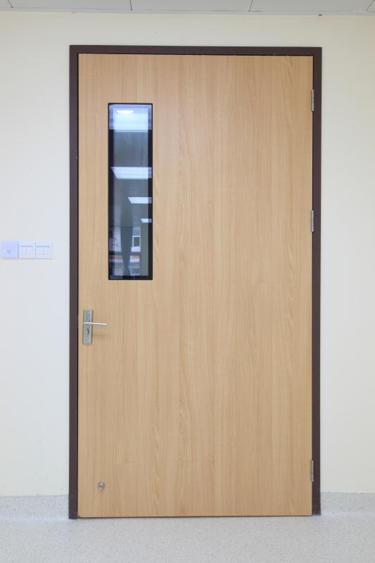 医院门2.jpg