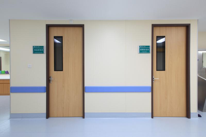 医院门3.jpg