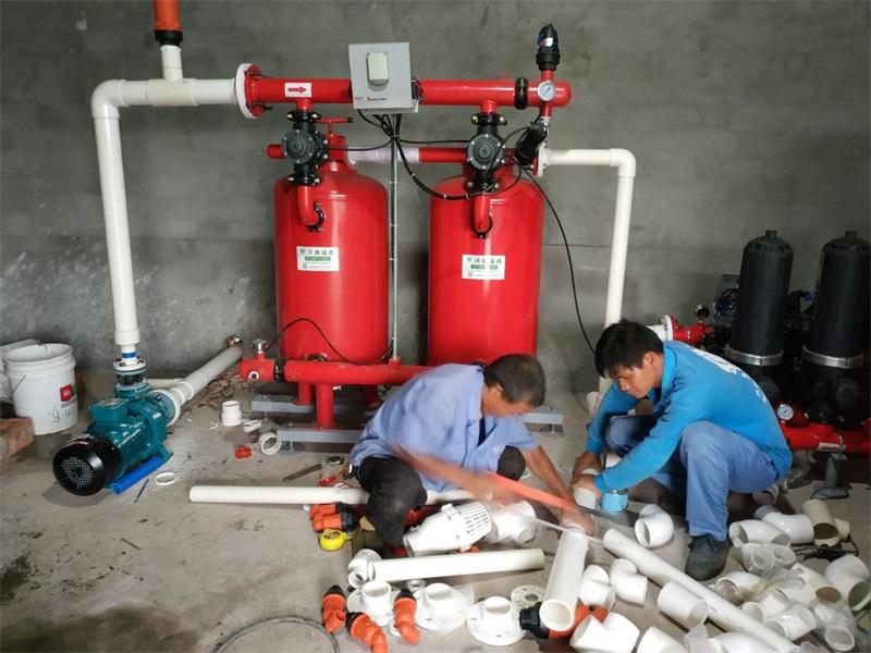 四川乐山500亩沃柑现场泵房首部枢纽施工