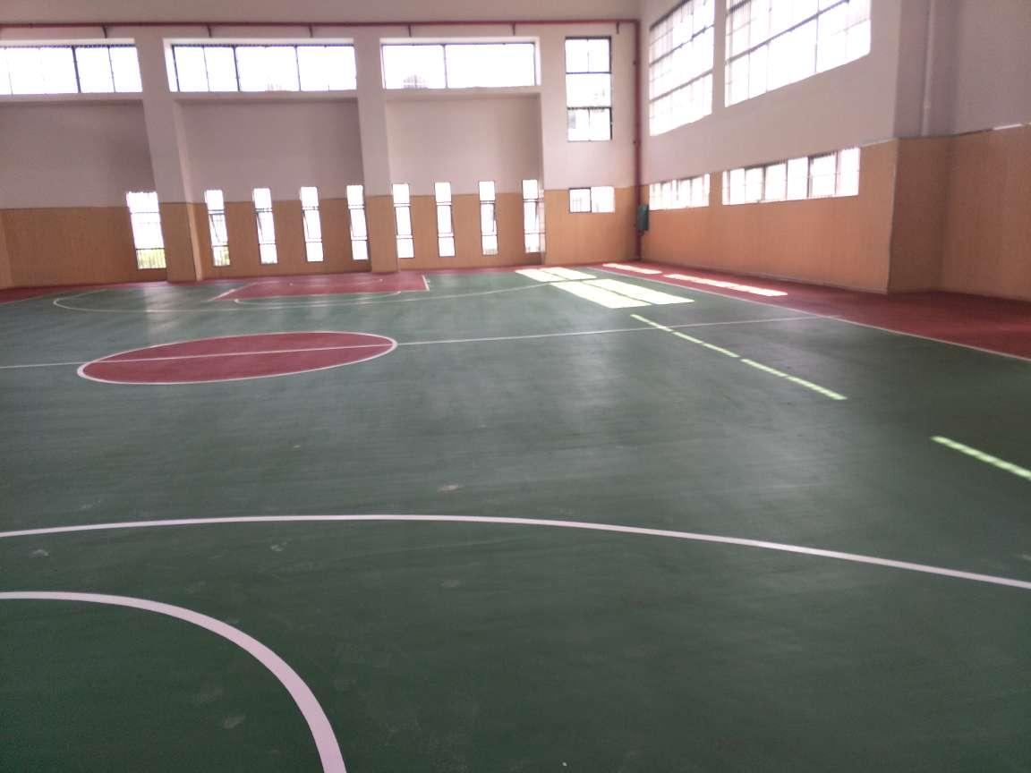 柳州三十五中硅PU球场