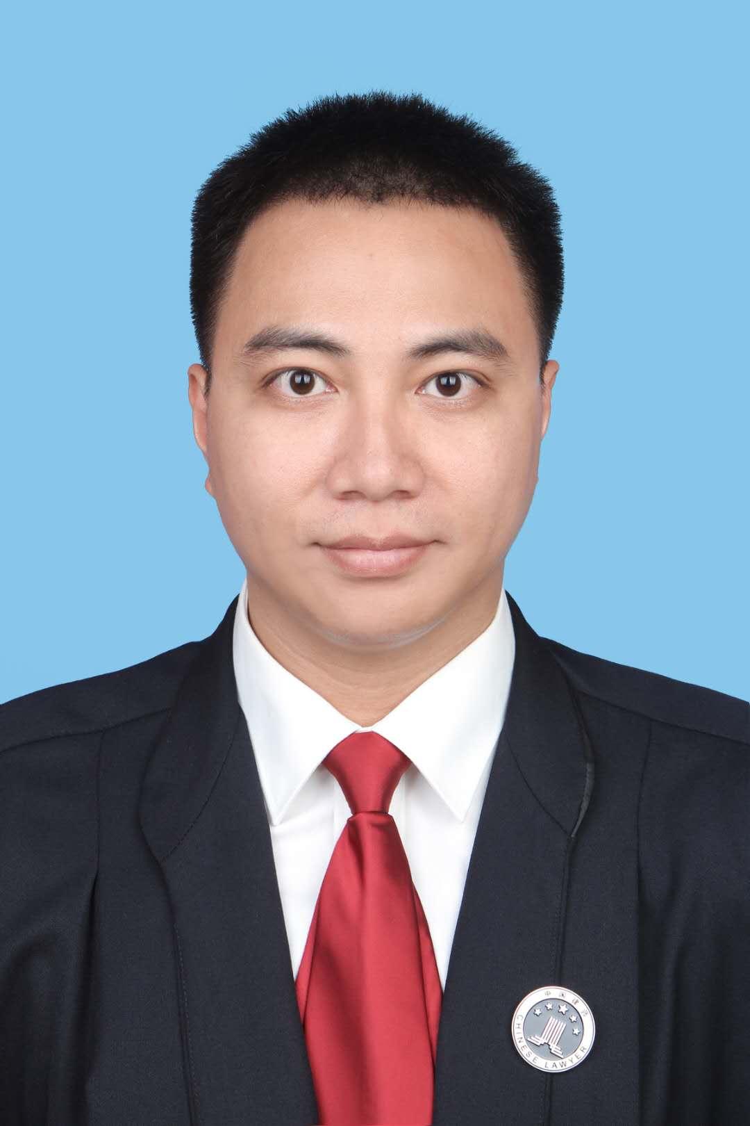 柳州潘冠霖律师