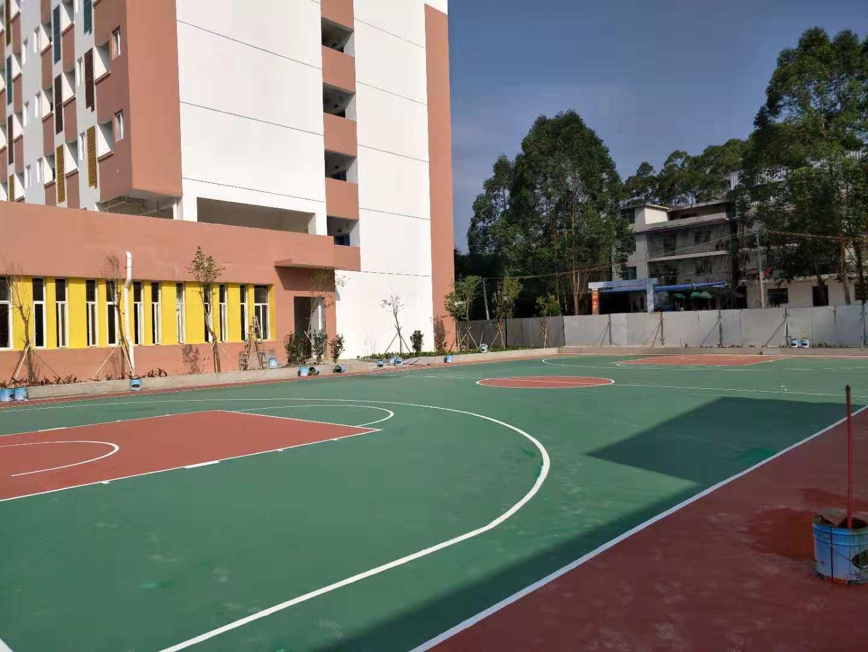 钦州中马小学硅pu球场画线施工