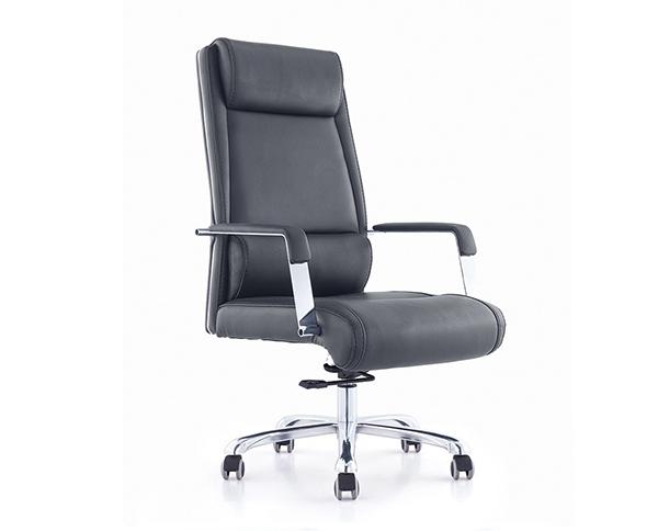黑色西皮主管椅椅电镀金属脚老板椅大班椅
