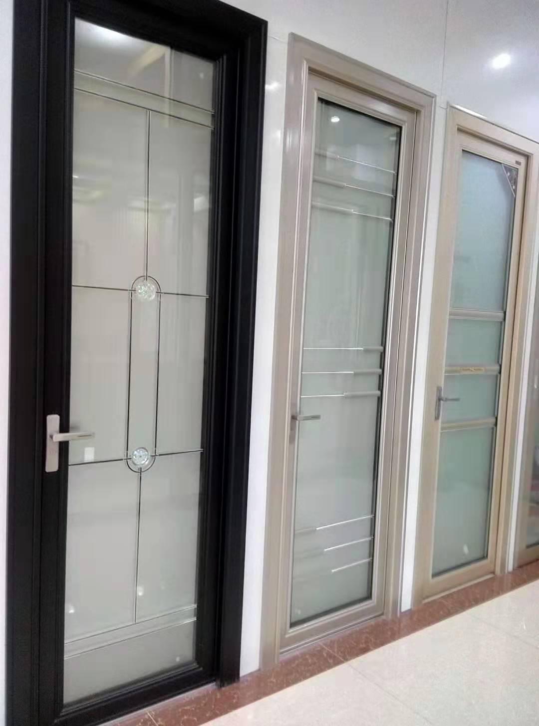 卫生间门.jpg