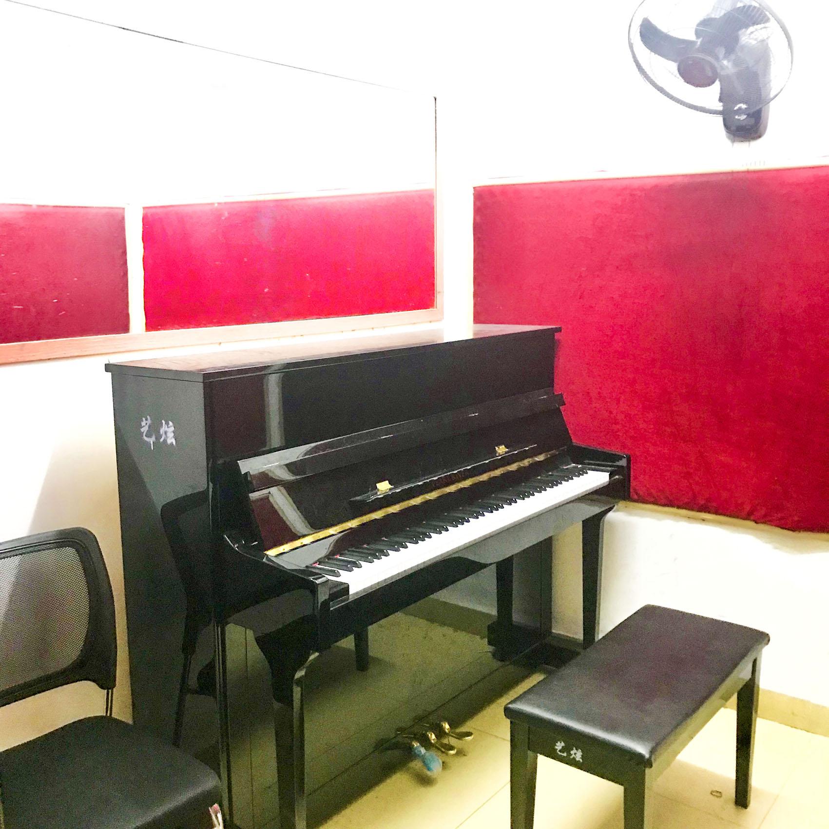 钢琴教室.JPG