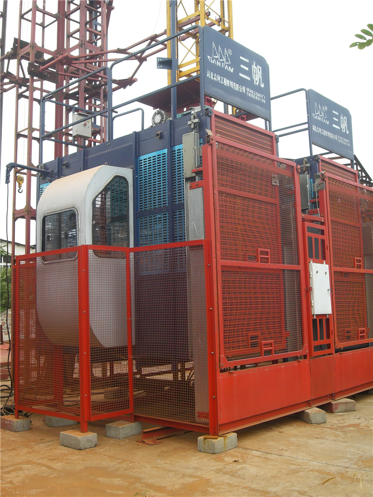 SC100-100B施工升降機  SC100-100B Construction Elevators