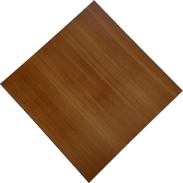 600*600mm木纹铝扣板